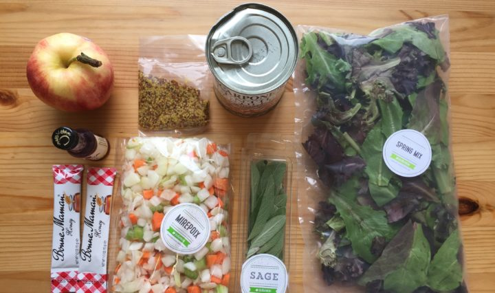 The good news is that we live in a fabulous modern world where the lives of moms are made easier thanks to online delivery. If there is one thing you'd know about me by now, it's that I love online delivery, and what is better than prepacked ingredients that are sent to my doorstep? | HelloFresh